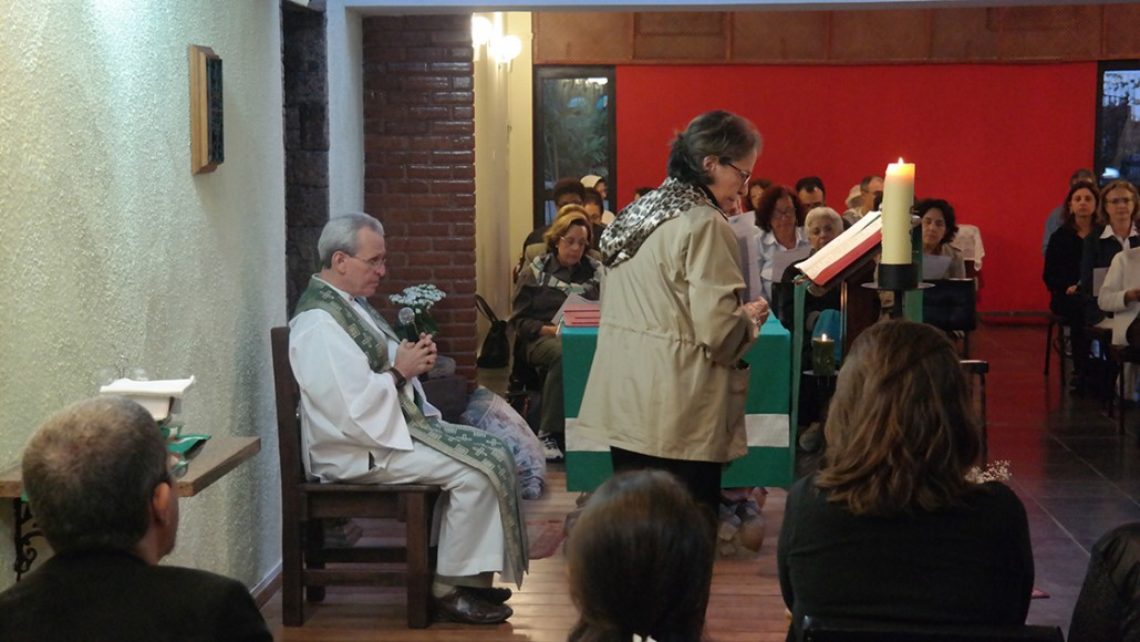 Missa na Capela São José de Anchieta